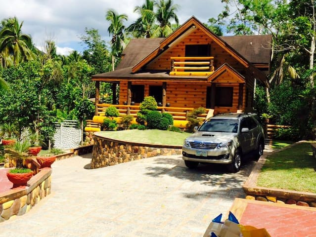 NO AIRCON Private Rest House in Cuenca Batangas