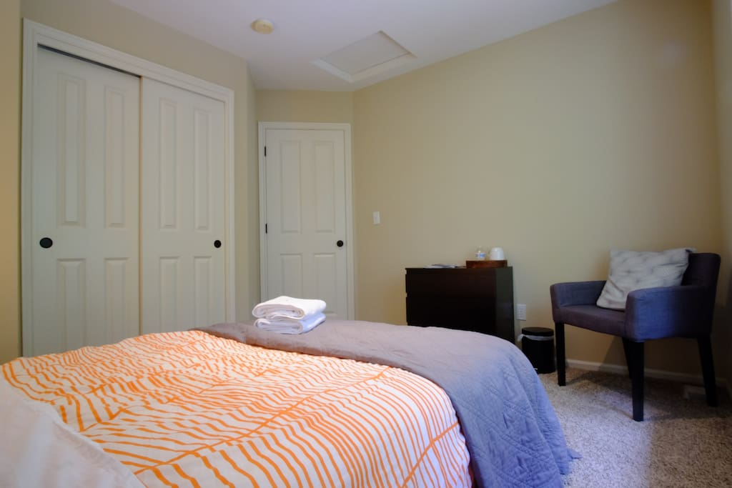 Private room includes full size bed, sheets, pillows, blankets, etc.