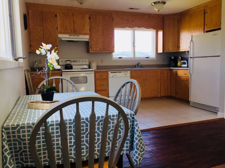 Open floor plan, large kitchen.