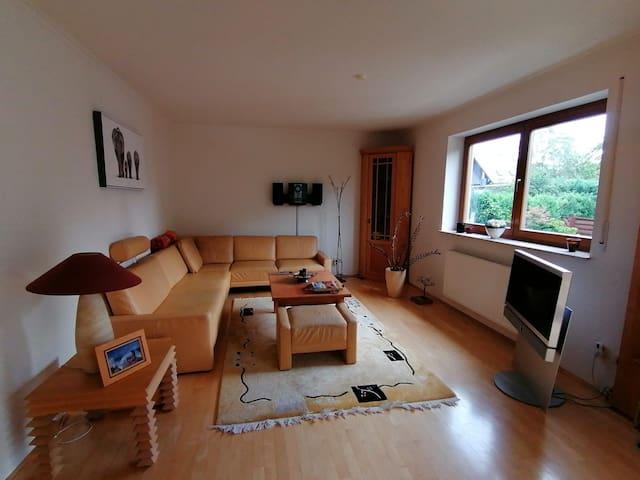 Gepflegtes Haus, stadtnah, ca. 35 Min. bis Leipzig