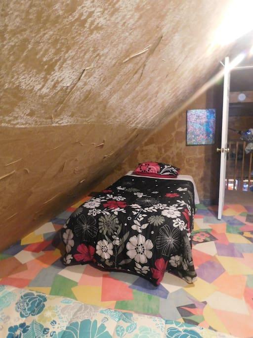 Twin Bed Queen Suite - Room 1
