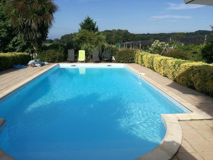 T3 avec piscine sur les berges de l'Adour