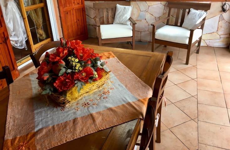 5pax Charming holiday villa with pool and garden