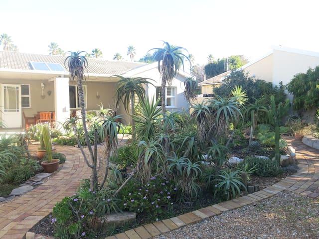 Carol's Aloe Garden Guest suite