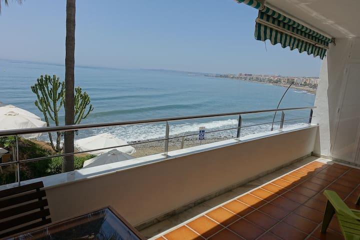 Apartment with sea views - Estepona - Apartment