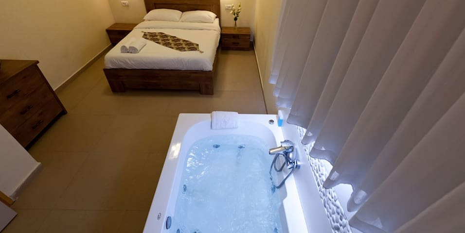 Palm Beach Bungalows Luxury Cabins Dead Sea View