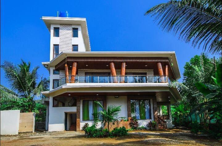 Beach house at kashid