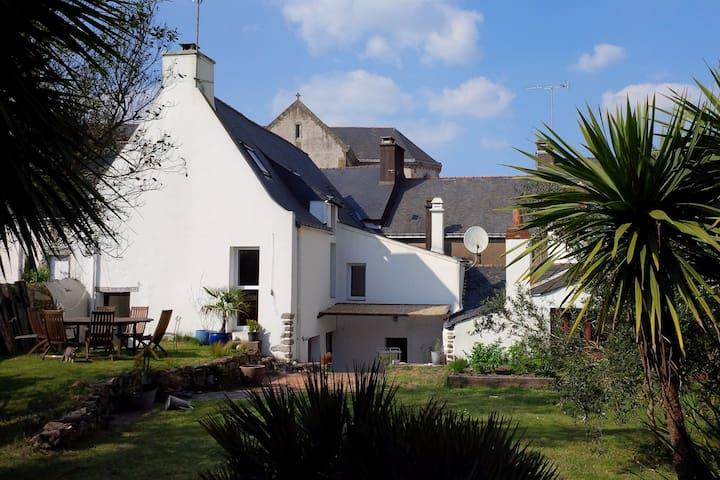 Maison de caractère avec jardin exposé sud - La Roche-Bernard - Haus