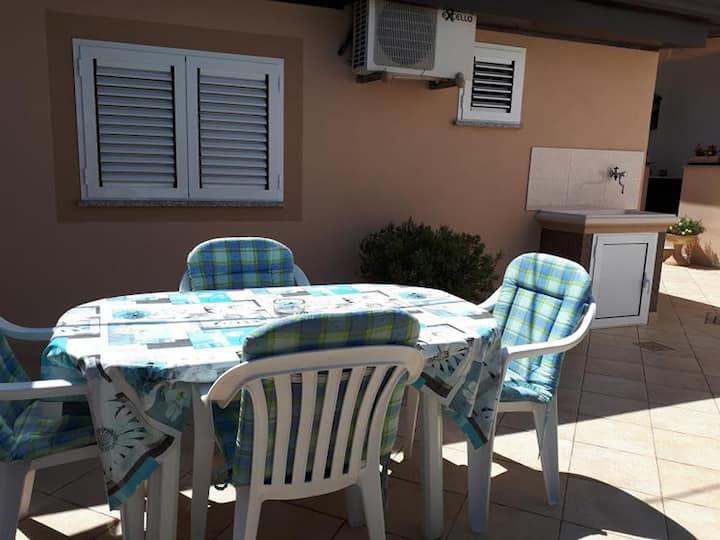 One bedroom apartment with terrace Tar, Poreč (A-6948-c)