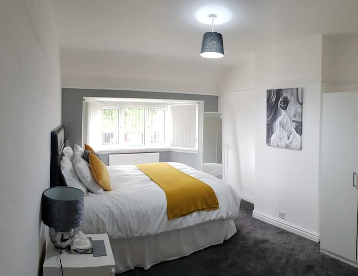 (A) Cozy Double Bed Room with free wifi