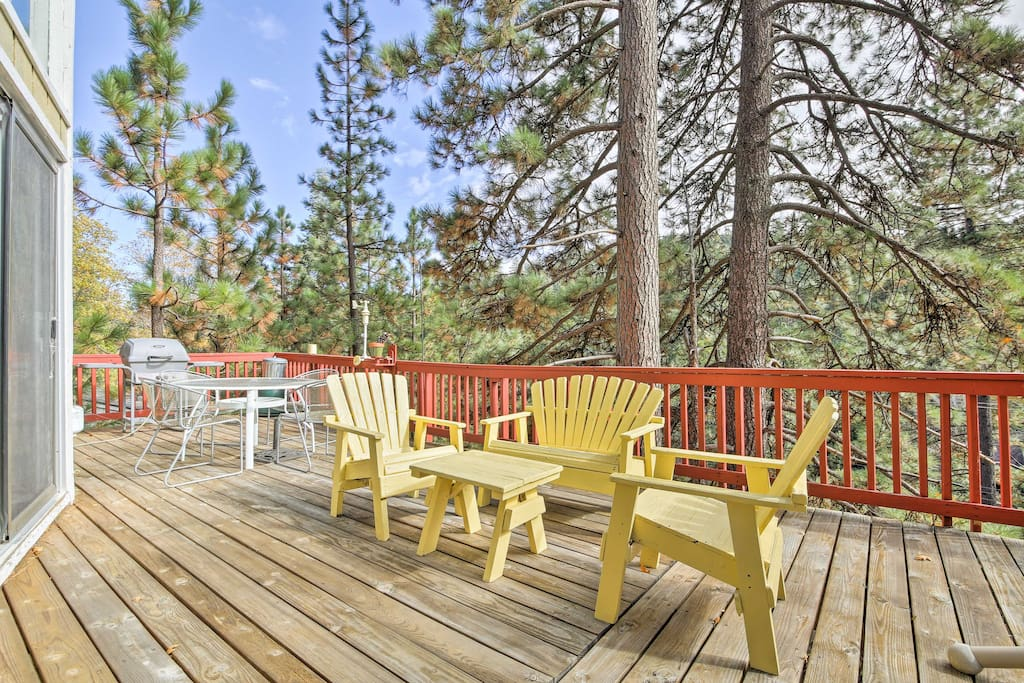 Enjoy afternoon barbecues on this expansive deck!