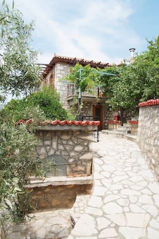Fourlas Stone House