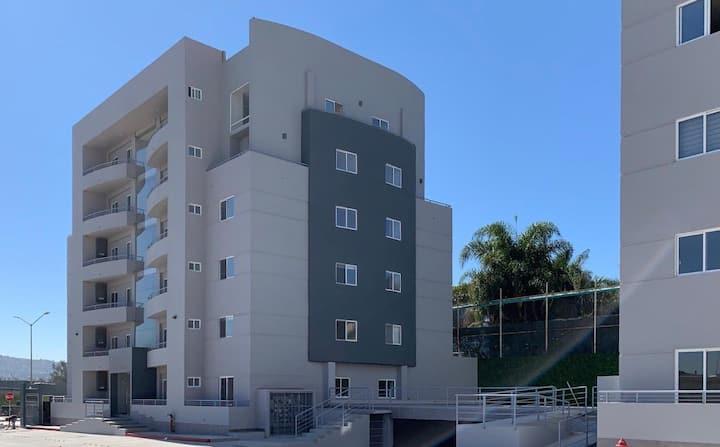 Moderno Depto cerca Zona Río y Garitas
