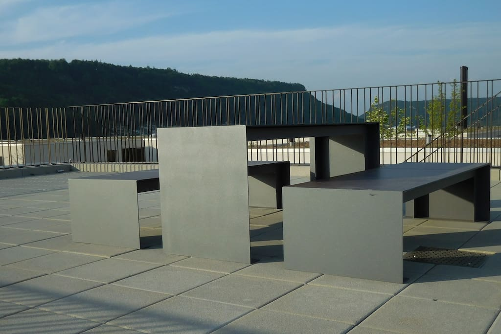 Zugang zu chilliger Dachterrasse