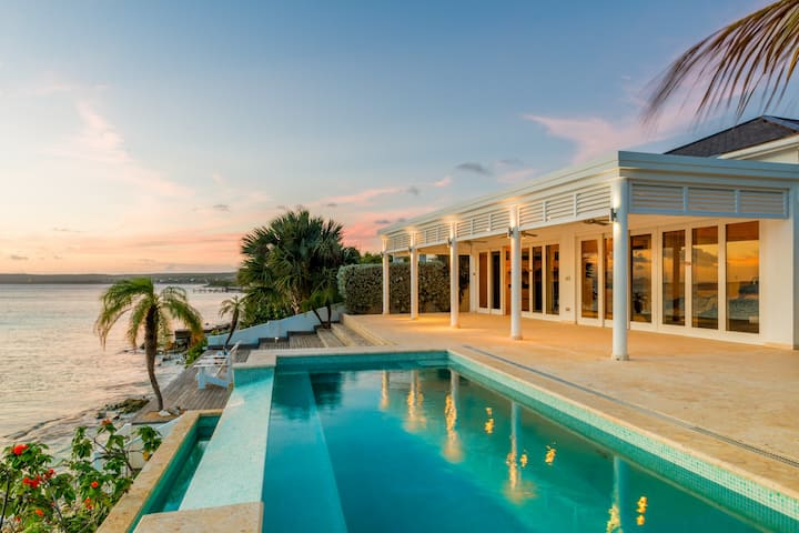 Beautiful Bonaire Beach House