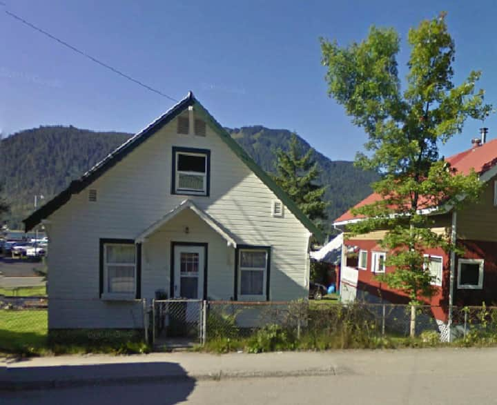 Bollen House