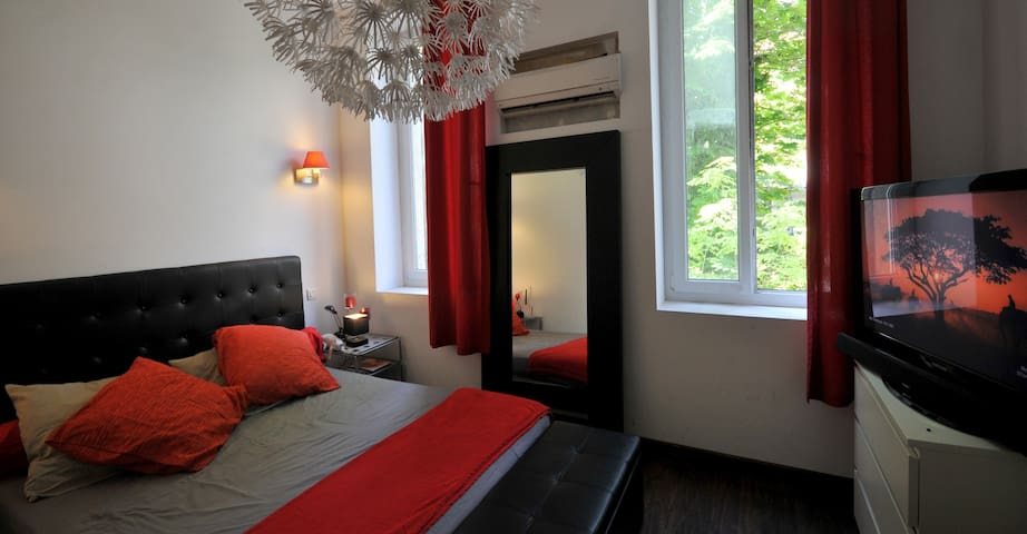 Chambre double- lit 160-climatisée-