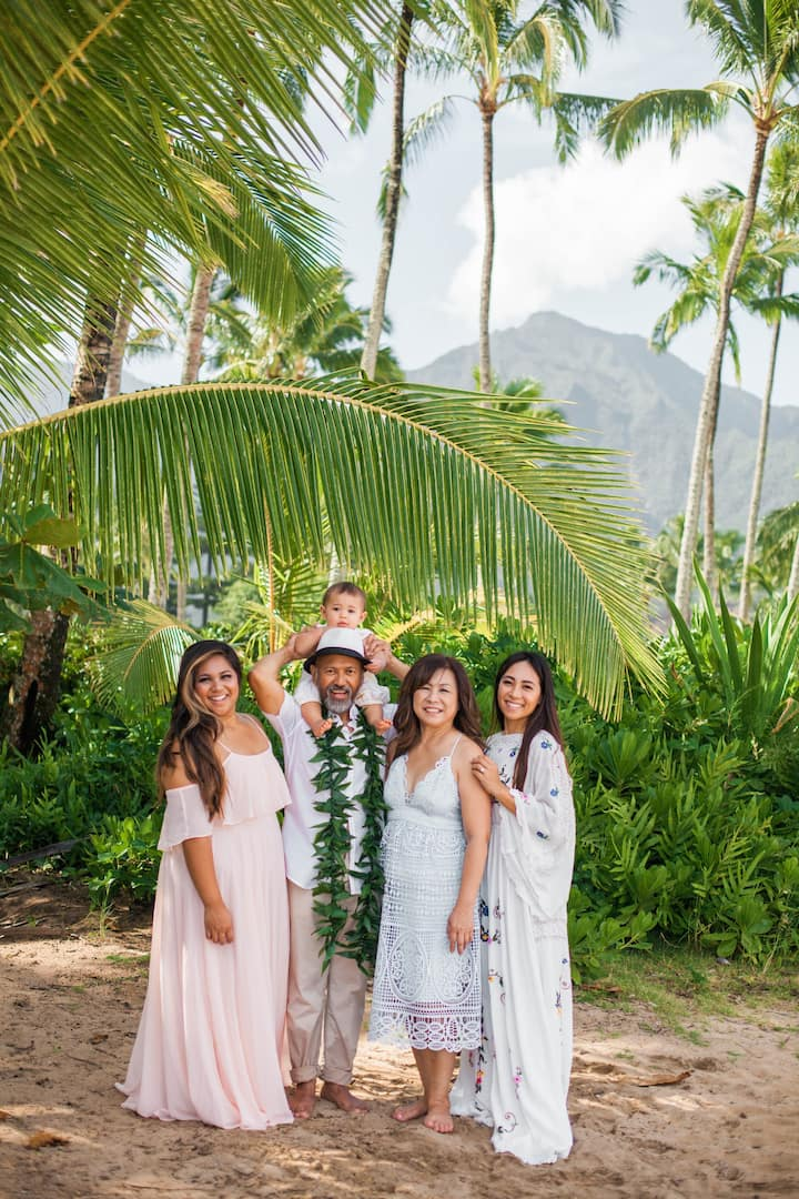 Family Photo Session at Hanalei Bay