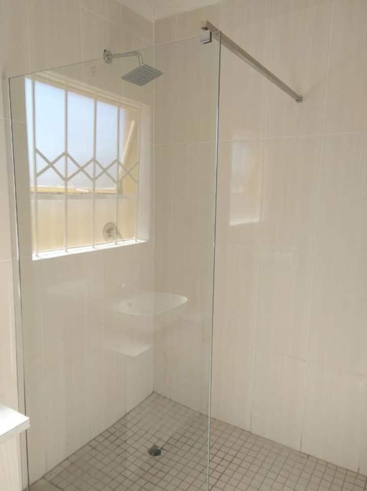 Seroloana Guesthouse - Rea Suite