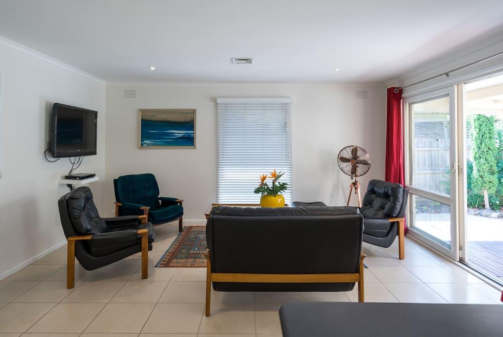 Tv/Dvd lounging area