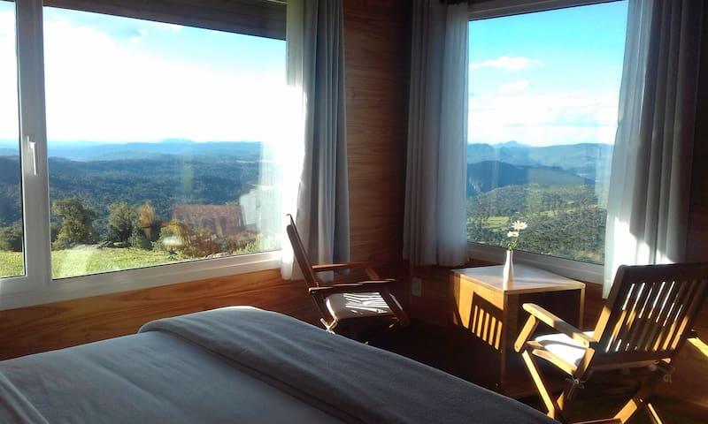Chalet La Berra / café da manhã / altitude 1600m