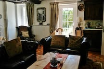 Character En Suite B&B with Hot Tub & Games Room
