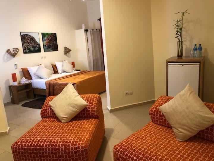 Mini-suite cosy vue jardin / Piscine/ Plage/KATIOR