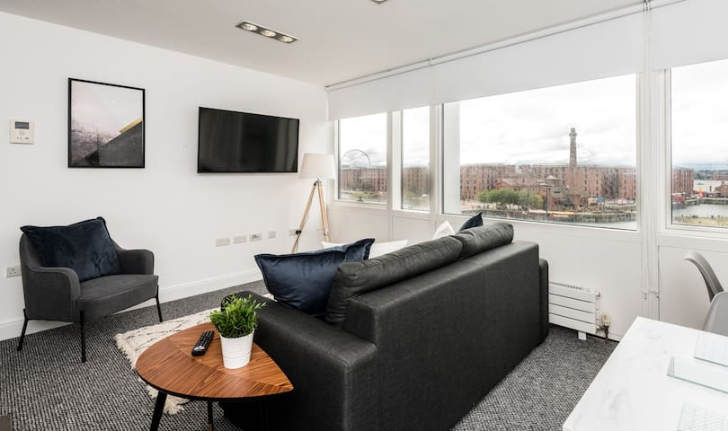 Scenic Dock View Apartment / 1bed - Central Lpool