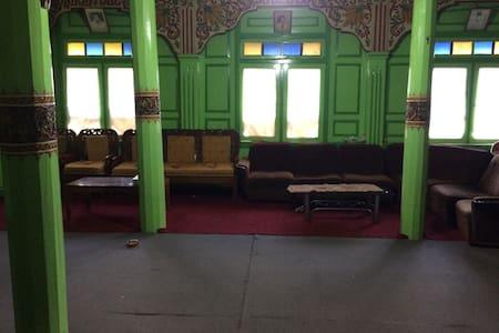 Rumah gadang bagonjong