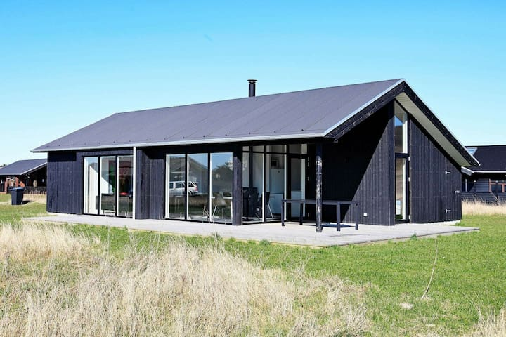 Tasteful Holiday Home in Hjørring near Sea