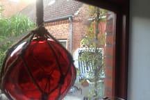 Fenster in den Garten