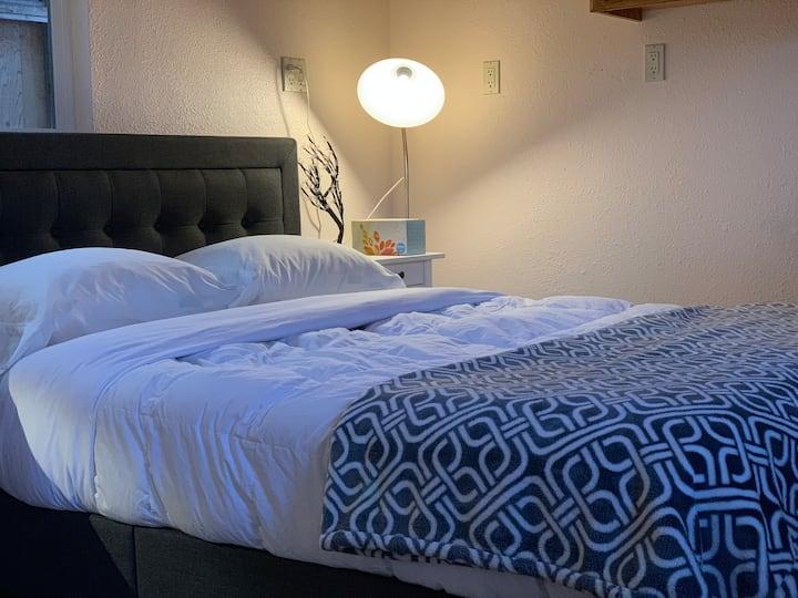 Serene 1 bedroom studio in Santa Clara