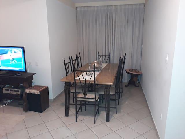 Apartamento TOP a 50 metros do Supermercado Lopes