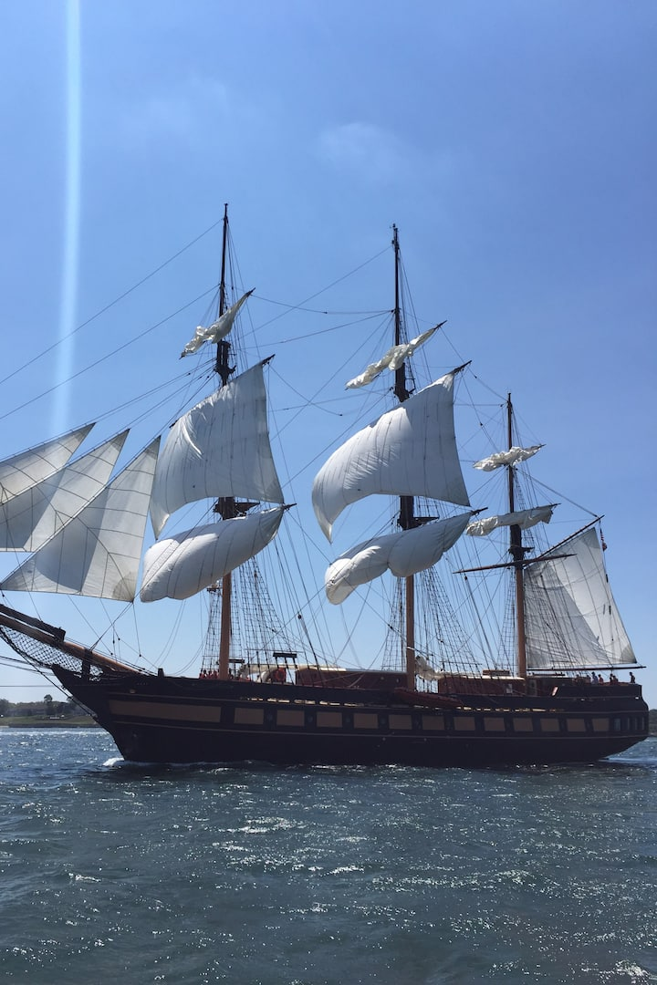 Oliver Hazard Perry under sail