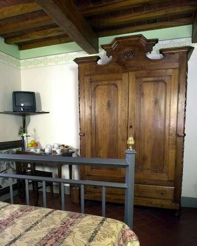 LOCANDA TINTI B&B Double Room 6 - Diacceto - Bed & Breakfast