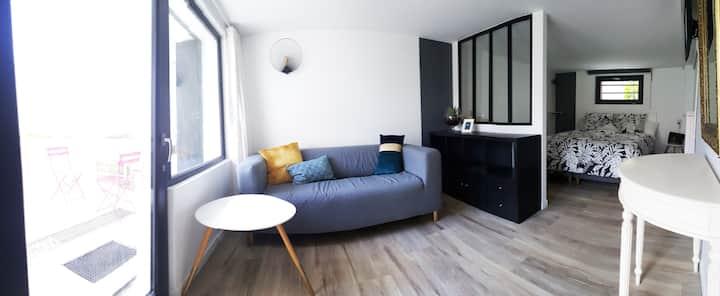 Studio indépendant en rez-de-jardin, à Saint Maur