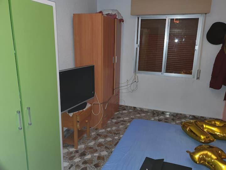 Alquilo habitación,con todas las comodidades