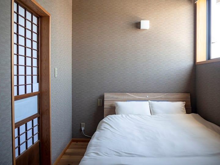 ★Near Sawara station - HOSTEL Co-EDO double bed★