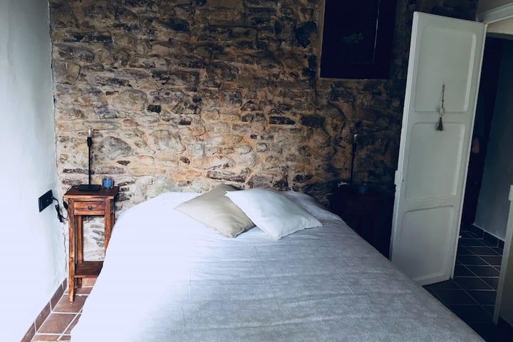 El Baluard, cálido apartamento en el casco antiguo