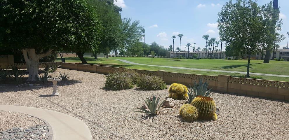 Quiet Private Home-Away Next to a Golf Course - Sun City - Dépendance