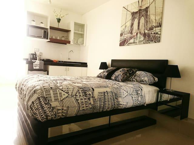 Moderna y acogedora habitación independiente. - Lince  - Departamento
