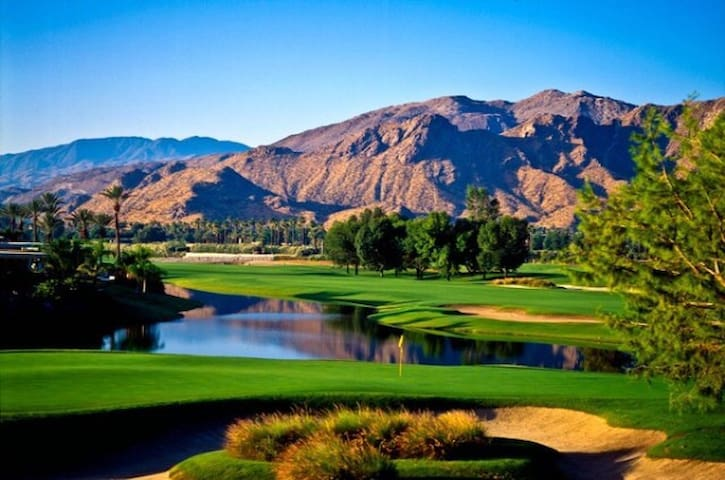 Coachella Private Trailer Golf Course ! - Rancho Mirage - Apartment