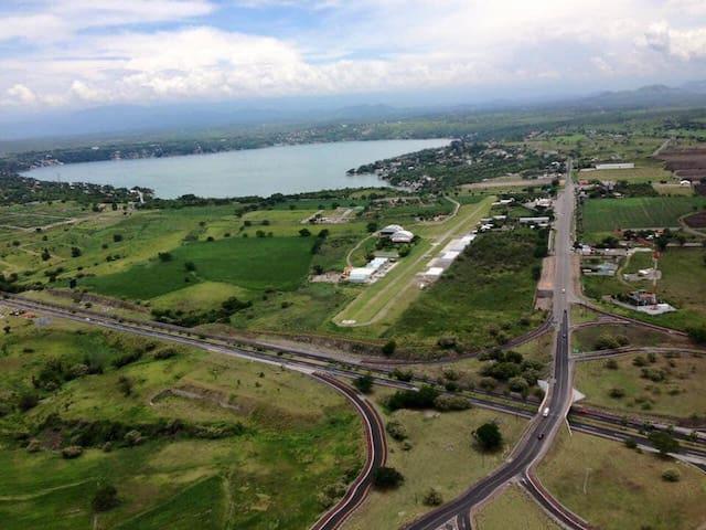 Preciosa Villa en centro de deportes aéreos(V1)