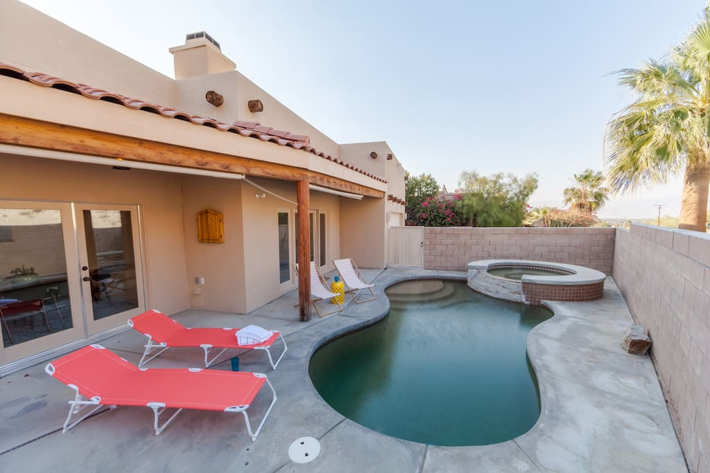 Saltwater pool and Jacuzzi - all with unobstructed mountain views