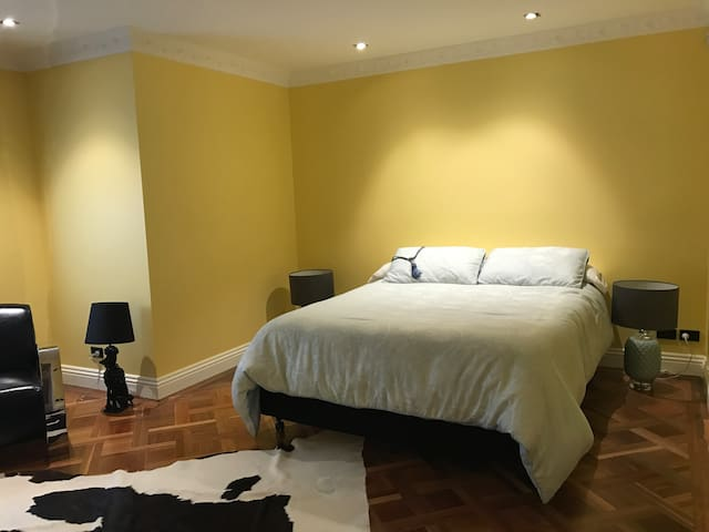 Parquetry in all bedrooms