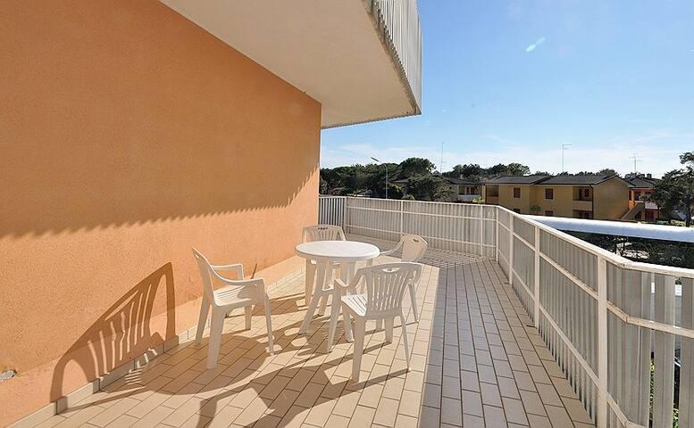 Condominio Oasi, 4 posti, 1 camera, terrazzo