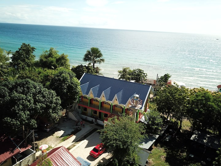 Deluxe Double AC Room R1/R5 with Sea View / 2 pax