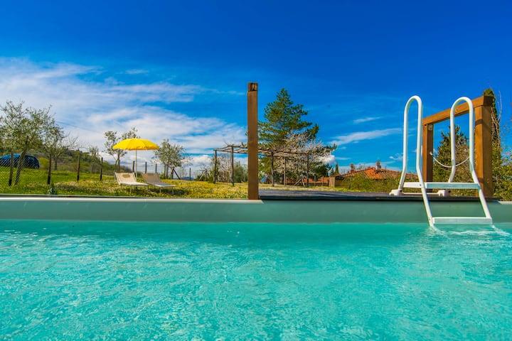 Maison à Sud de Florenc avec piscine prive'