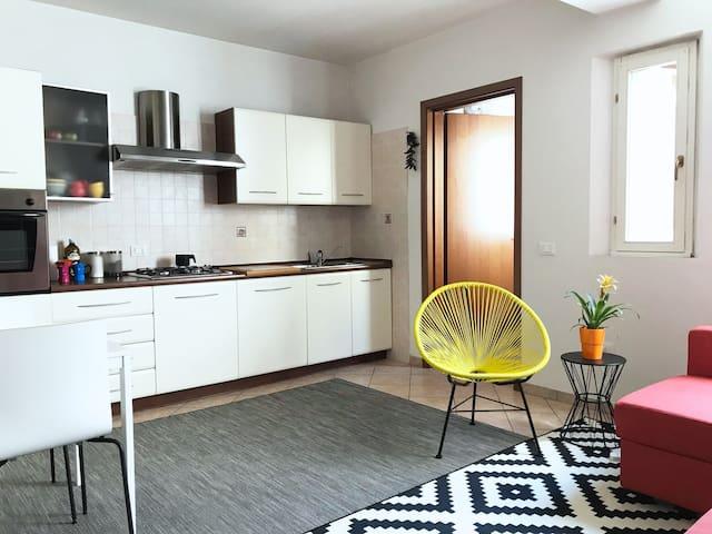 1 bedroom, 2 bathrooms sleeps 4 in Modena Center!