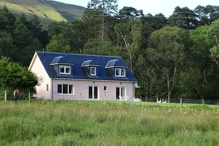 Tigh Beag, Ardgour, tranquil West Highland retreat - Fort William
